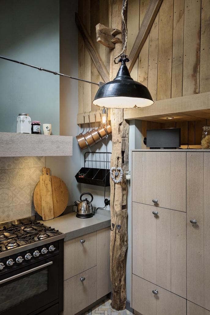 Knusse keuken hout landelijk Beda Keukens